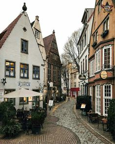 Strolling through the streets of Bremen. Photo by . share your travel pics and use Places Around The World, Oh The Places You'll Go, Places To Travel, Places To Visit, Travel Pics, Wonderful Places, Beautiful Places, Voyage Europe, Destination Voyage