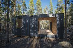Micro cabinas COBS / Colorado Building Workshop. Fotografía de Jesse Kuroiwa