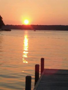 Sandbar on pewaukee lake in wi cod fish fry http for Fish fry brookfield wi