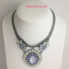 Vanity  This is a Stunning Statement Necklace In Pale And Dark Blue/Cream Crystals