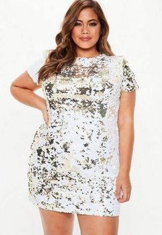 Plus Size Gold Two Way Sequin T-Shirt Dress. Order today & shop it like it's hot at Missguided. Plus Size Going Out Outfits, Plus Size Outfits, Plus Size Party Dresses, Plus Size Skirts, Sequin T Shirt Dress, Lace Dress, Sequin Tunic, Plus Size Fashion For Women, Plus Size Womens Clothing