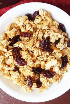 Butter-free, oil-free, and sweetened with pure maple syrup, this crunchy cherry vanilla granola is a wonderful and nutritious addition to breakfast. (scheduled via http://www.tailwindapp.com?utm_source=pinterest&utm_medium=twpin&utm_content=post93229475&utm_campaign=scheduler_attribution)