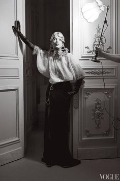 Model: Kate Moss  Photographer: Tim Walker  Fashion editor: Grace Coddington    Haute Couture as I like it.
