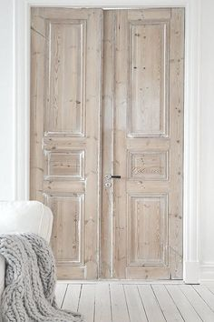 The French Bedroom Company Blog explores their new interior products for 2016 whilst looking at the interior trends for your home. Get the raw, natural simple, scandi living look in your home design/ Interior decor. Stripped wooden doors for a scadi chic french country house look