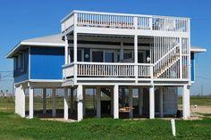 Willy's Place - 3 bedroom/2 bath - sleeps 8; beachside, 3rd row in Bermuda Beach; Sand 'N Sea Properties LLC, Galveston, TX