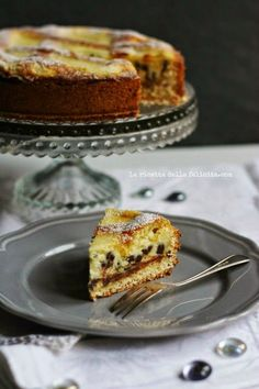 Italian Food ~ ~ mascarpone tart with chocolate chips . and a special pastry! Italian Desserts, Sweet Desserts, Just Desserts, Italian Recipes, Sweet Recipes, Cake Recipes, Dessert Recipes, Italian Dishes, Cakes Plus