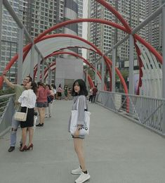 Byun Jungha, Cool Photos, Beautiful Pictures, Girl Swag, Ulzzang Girl, Photography Tips, Cool Girl, Fangirl, Short Hair Styles