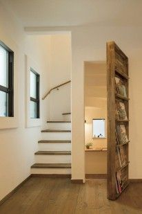hidden room behind bookcase Home Stairs Design, Room Door Design, Dream Home Design, Home Interior Design, Secret Rooms In Houses, Edwardian House, Hidden Rooms, House Stairs, Bathroom Interior