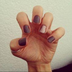 NAILS! grey & sparkle.