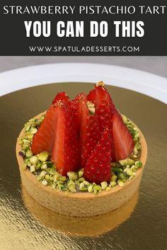 Pastry Recipes, Tart Recipes, Baking Recipes, Pistachio Tart Recipe, French Tart, Cannoli Recipe, Caramel Tart, Individual Cakes, Shortcrust Pastry
