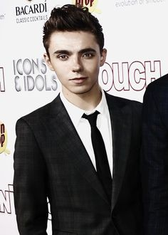 Nathan Sykes. He is like a fine lad. Look at that face! How the actual hell was he bullied?