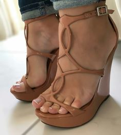 9db3431656e1 Nice Strappy Sandals Heels