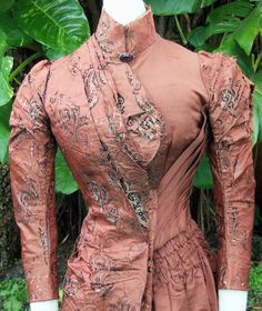 HIGH VICTORIAN BUSTLE DRESS c.1880s JACK THE RIPPER ERA ANTIQUE! #Unbranded #Gown #Formal