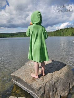 Foto für Schnittmuster Kuschelkleid von Erbsenprinzessin Fashion, Night Gown, Sewing For Kids, Kids Wear, Princess, Sewing Patterns, Bathing, Moda, Fashion Styles