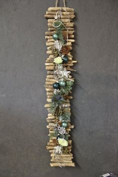 kerst Twig Christmas Tree, Rustic Christmas, Christmas Art, All Things Christmas, Handmade Christmas, Christmas Holidays, Christmas Wreaths, Christmas Centerpieces, Xmas Decorations