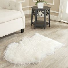 Safavieh Hand-made Faux Sheep Skin Ivory Rug (2' x 3') | Overstock.com Shopping - The Best Deals on Accent Rugs