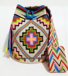 Tapestry Bag, Tapestry Crochet, Crochet Motif, Crochet Stitches, Knit Crochet, Mochila Crochet, Potli Bags, Crochet Woman, Embroidery
