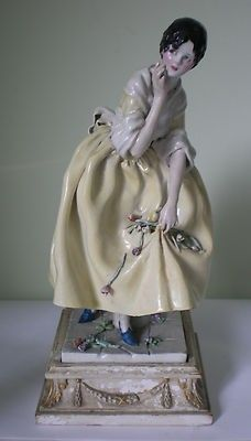 A very rare Chelsea Cheyne pottery figure complete with original wooden base. Signed on the underside of the base Chelsea Cheyne and date . The figure is one of Gwendolen Parnells pottery figu. Henry Viii, Queen Mary, Chinoiserie, Pottery Art, Chelsea, Chelsea F.c., Chelsea Fc