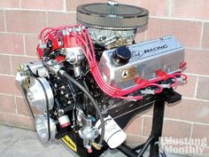 Image from http://image.mustangmonthly.com/f/techarticles/mump_1006_mce_engines_351c_four_barrel_engine_build/27634097%2Bpheader_460x1000/mump_1006_01_o%2B351_cleveland_four_barrel_engine%2Bengine.jpg.