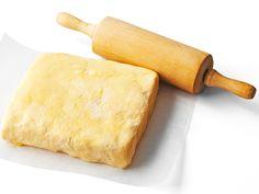 Piirakkataikinoissa on eroja Finnish Recipes, Sweet Pie, Rolling Pin, Bon Appetit, Rolls, Bread, Cheese, Food, Pastries