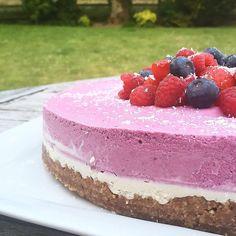 Vegan Berry Cheesecake
