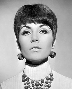 • Hair Style years '60s '70s • Girls & women hairdo 1960 1970