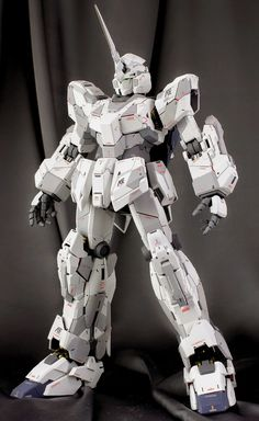 "Painted Build: PG 1/60 RX-0 Unicorn Gundam ""Detailed"" - Gundam Kits Collection News and Reviews"
