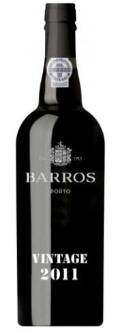 De Vintages zijn uitzonderlijke wijnen van één enkele oogst, die geproduceerd werden in kwalitatief hoogstaande jaren. Ze worden in flessen gedaan tussen het tweede en het derde jaar, waarna ze verder rijpen in de fles. Ze zijn donker en erg vol, met een fijne smaak en aroma. http://www.flesjewijn.com/wijnen/barros+vintage+port+2011+8293