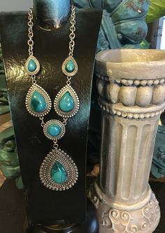 Boho gorgeous-silver tone necklace with Blue/Green stones. Find us on Facebook💞💕💞🌻🌵🌵🌻