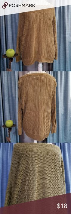 🌻🌺🌻OLD NAVY CAMEL COLOR KNIT SWEATER!! SIZE:XL   BRAND:Old Navy   CONDITION:very good, no flaws   COLOR:camel tan (best seen in last photo)   🌟POSH AMBASSADOR, BUY WITH CONFIDENCE!   🌟CHECK OUT MY OTHER ITEMS TO BUNDLE AND SAVE ON SHIPPING!   🌟OFFERS WELCOME!   🌟FAST SHIPPING! Old Navy Sweaters