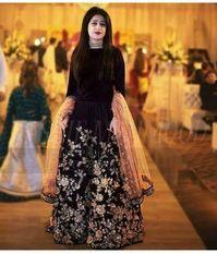 For details / order please dm or Whatsapp on . Pakistani Fashion Party Wear, Pakistani Wedding Outfits, Pakistani Dress Design, Pakistani Dresses, Indian Dresses, Pakistani Mehndi, Indian Clothes, Wedding Dresses For Girls, Party Wear Dresses