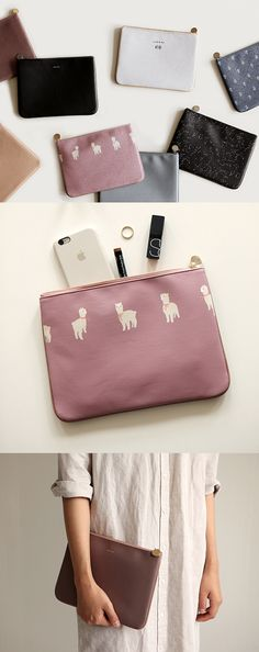 One side with beautiful solid color while the other side with modern pattern, which make this useful clutch a lot more attractive!