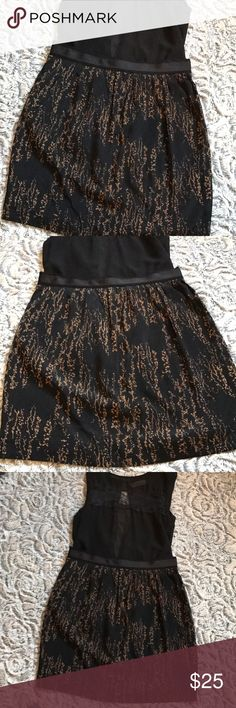 Stunning GAP skirt😍😻❤️ Stunning GAP skirt😍😻❤️ in new condition in a size 0. All seasons appropriate!! GAP Skirts Mini