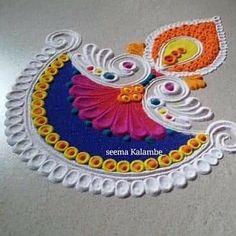Easy Rangoli Designs Videos, Rangoli Designs Simple Diwali, Simple Rangoli Border Designs, Indian Rangoli Designs, Rangoli Designs Latest, Rangoli Designs Flower, Free Hand Rangoli Design, Small Rangoli Design, Rangoli Ideas