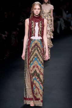 Valentino Fall 2015 Ready-to-Wear Fashion Show - Nastya Sten (Elite)