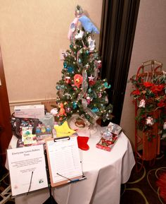 Everyone Loves Babies Tree by Jill Meier Merit Title. Included LeSportSac diaper bag, and all new baby essentials Leukemia And Lymphoma Society, Baby Essentials, How To Raise Money, Diaper Bag, New Baby Products, Trees, Christmas Tree, Babies, Holiday Decor