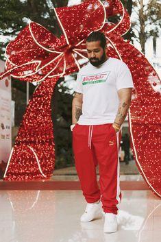 Allen Claudius  #allenclaudius #bowtiesandbones #indiansneakerhead #indianhypebeast #sneakerhead #streetwear #blogger #vlogger #youtuber #shoetuber #influencer #indian #hypebeast #highsnobiety #complex #sneaker #collector #reviewer #fashion #style #menswear #streetstyle #lookbook #ootd #dubai #christmas #santaclaus #rocafella #puma #airforce1 #airforce100
