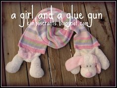 Stuffed animal scarf: For the stuffed animal lover/ slash cold weather liver. - A girl and a glue gun