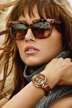 Accessorize in style with jewelry, sunglasses, watches, and more from Michael Kors! Shop Dillard's and add some luxury to your look with the latest Michael Kors styles. Michael Kors Sunglasses, Handbags Michael Kors, Ray Ban Sunglasses, Sunglasses Women, Prada Handbags, Jeans Boyfriend, Runway Fashion, Girl Fashion, Training Fitness