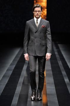 Classy Suits, Cool Suits, Double Breasted Pinstripe Suit, Banker Stripes, Stylish Mens Outfits, Formal Outfits, Gentleman Style, Gentleman Fashion, Mens Fashion Suits