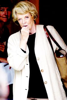 Classic Actresses, Hollywood Actresses, Actors & Actresses, Maggie Smith Young, Downton Abbey Series, Judi Dench, Jane Fonda, That's Entertainment, British Actors