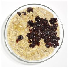 Muesli with Cherries http://www.womenshealthmag.com/food/breakfast-recipes-for-flat-belly/slide/6