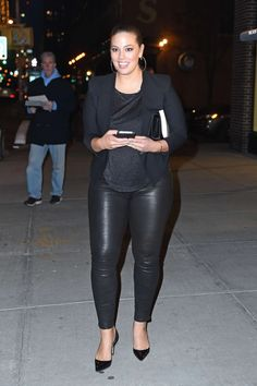Model Ashley Graham looked lovely in casual 'fit while out in Manhattan in NYC.