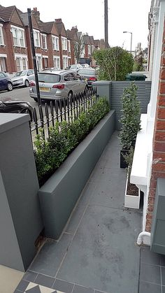 Grey walls metal rail tile planting design modern formal Balham Clapham Wandsworth Londob Source by finnerswalton Victorian Front Garden, Victorian Terrace, Plant Design, Garden Design, Tile Design, Terrace Tiles, Front Path, Front Garden Entrance, Front Garden Ideas Driveway