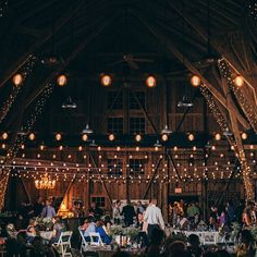 We are so thankful for all of the people that stop by Windmill every year and fill the grounds with love & laughter. Big thanks to #learmillerphotography for capturing Kate & Joe's big night under the fairy lights! . . . #windmillwinery #winery #wedding #thebarn #weddingvenue #weddingideas #instawedding #weddingparty #azwedding #pheonixevents #pheonixweddings #AZWedding #WeddingVenue #Arizona #WindmillWinery