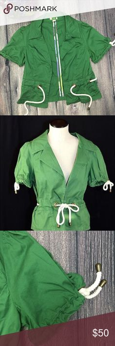 Anthropologie Ett Twa Sailmaker blazer size 4 Meet Catalina. She's ready to set sail on new adventures with you. From Anthropologie's Ett Twa label, this green lightweight blazer/jacket has a notched lapel, short sleeves accented with rope details and a rope tie waist. Her gorgeous green color looks great with denim or white jeans. Impeccable condition. 98% cotton/2% spandex. Size 4. (A4) Offers warmly welcomed. Anthropologie Jackets & Coats Blazers