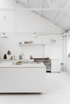 Studio is an industrial kitchen photography studio with natural and simple beauty, located in East London, operated by Holly Wulff Petersen and Renée Kemps of Rye London. Minimalism Interior, Kitchen Inspirations, Interior Design Kitchen, All White Kitchen, Home, Kitchen Fittings, Minimalist Kitchen, Minimal Interior Design, Kitchen Remodel