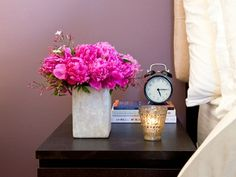 How to Arrange Flowers with Kelly Cobb and Ingrid Holm | Everywhere - DailyCandy