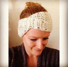 "Sadie's Basket: ""Paige"" Headband Crochet Pattern"