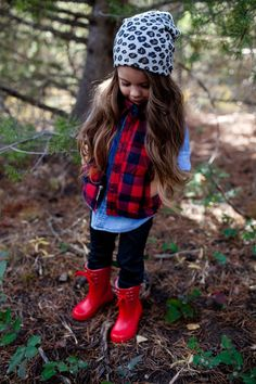 Nice 26 Adorable Fall Outfits for Kids from https://fashionetter.com/2017/09/13/26-adorable-fall-outfits-kids/ #kidoutfits
